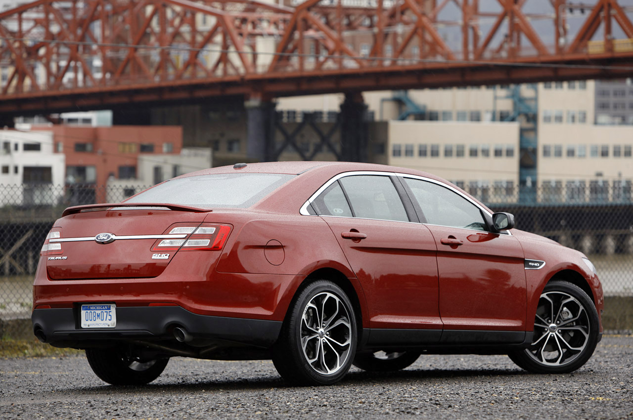 2016 ford taurus to ride atop reworked fusion platform showcar. Black Bedroom Furniture Sets. Home Design Ideas